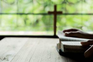 Gebet in den Kirchen